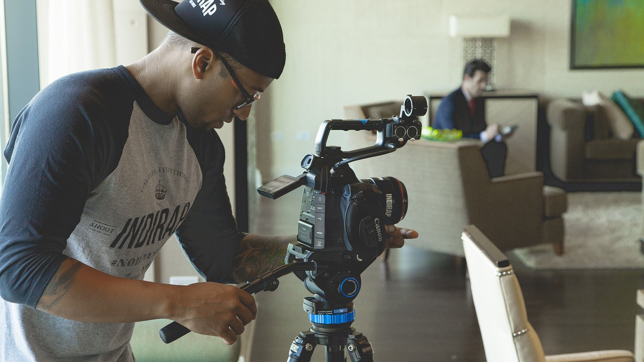 earn money with videos header